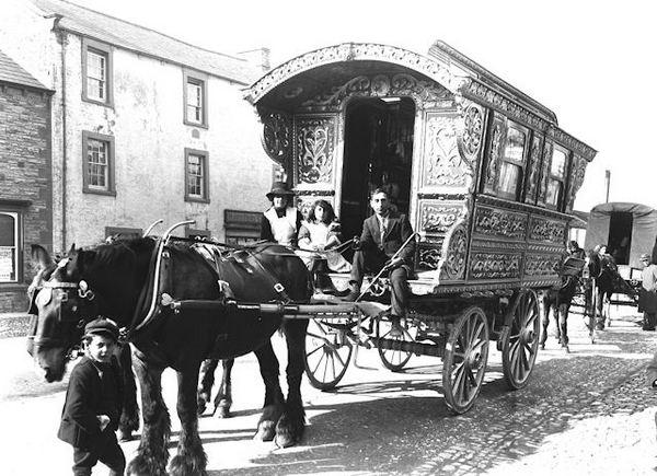 Шикарный автодом начала двадцатого века.